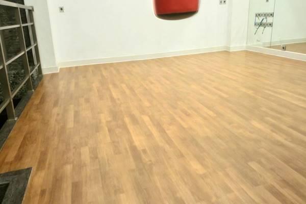 lantai vinyl anti rayap